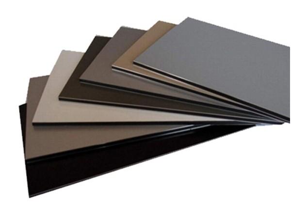无机预涂板与铝塑板在隧道围护板材应用中的新旧交替