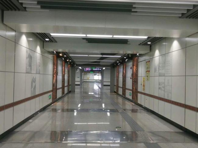 隧道装饰板